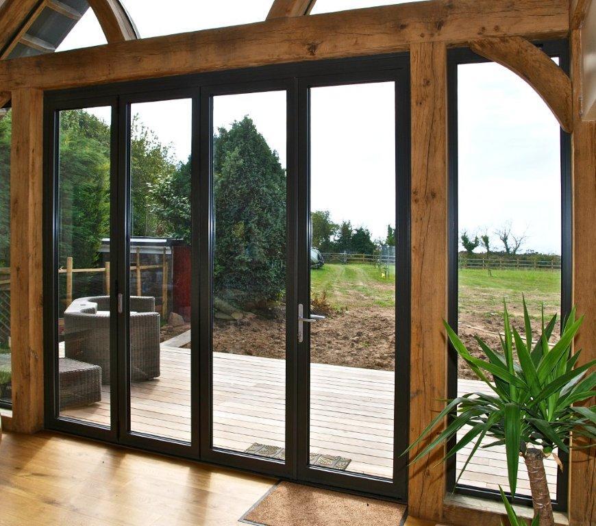 Aluminium bi-fold doors 2